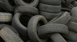 smaltimento pneumatici usati