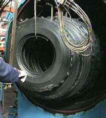 ricostruzione pneumatici - vulcanizzazione a freddo